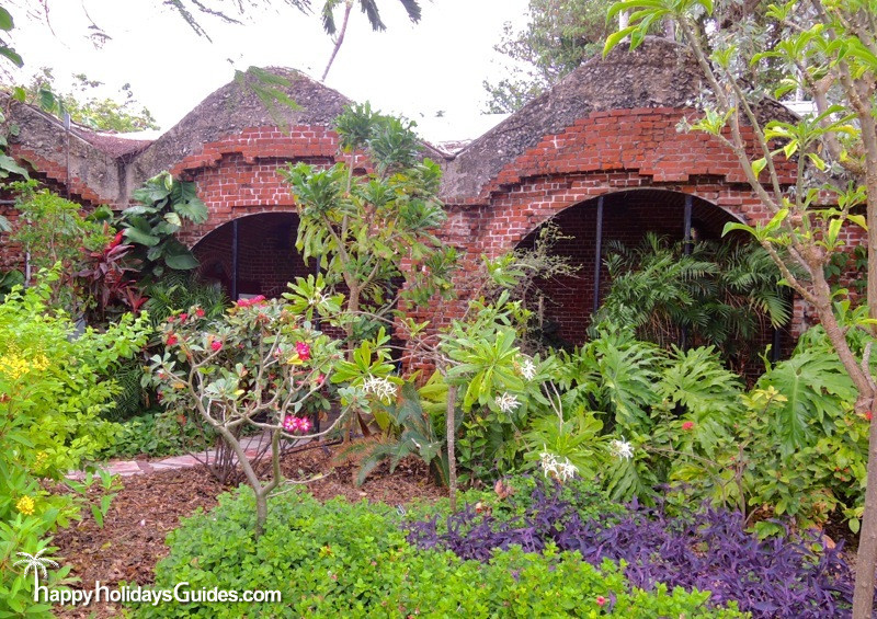 Key West Garden Club Structure