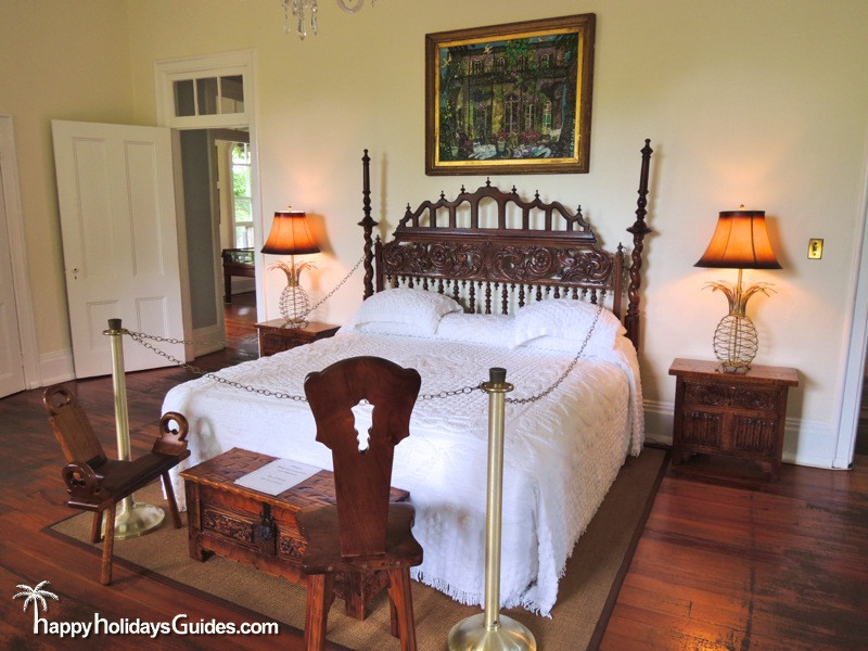 Hemingway House06