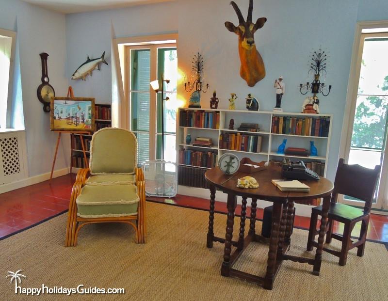 Hemingway House09