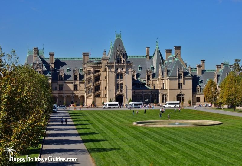 Biltmore Estate Review Front Lawn