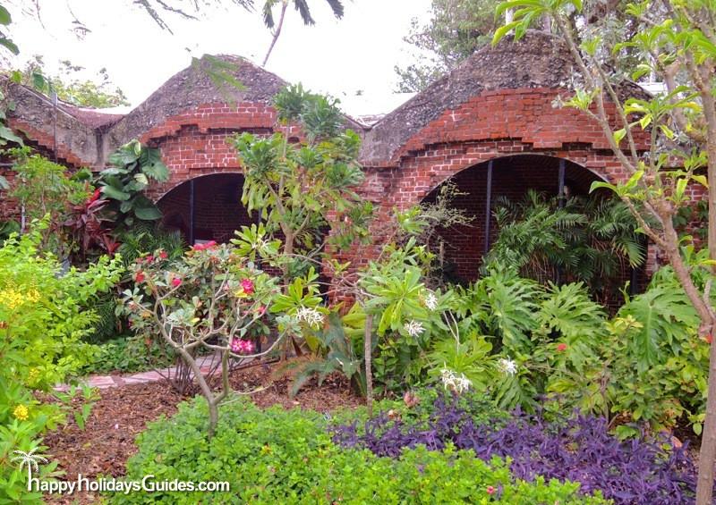 Key West Garden Club Structure