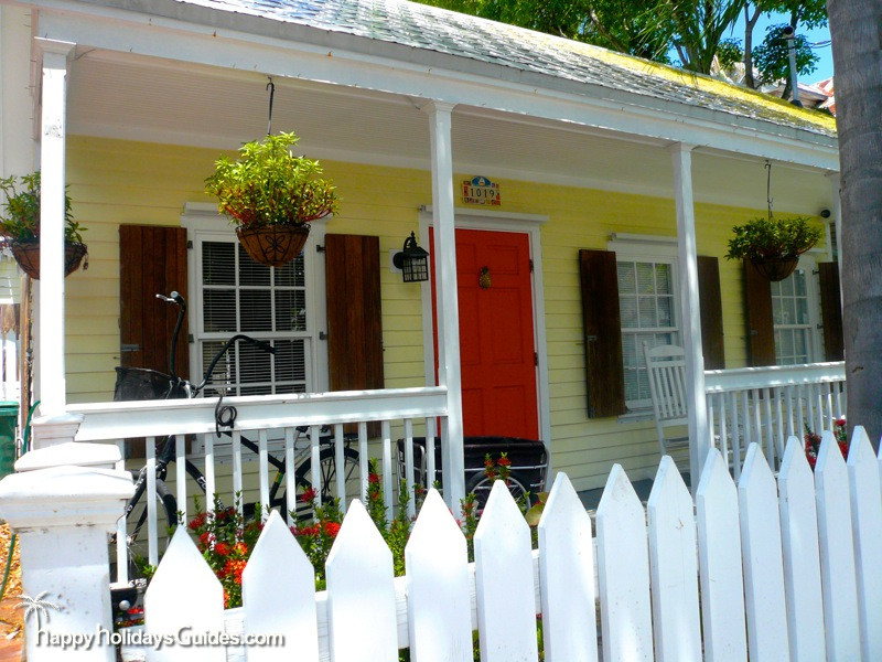Key West Style Homes Bright Home
