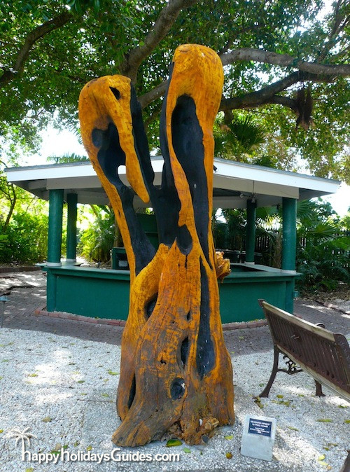 Garden Club Sculpture02