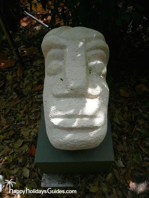Garden Club Sculpture03