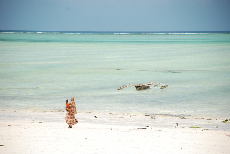 Travel to Zanzibar Beach